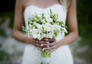 Getting married in Italy, bride and bouquet